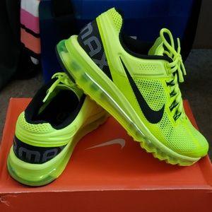Nike Air Max Volts (Mens)